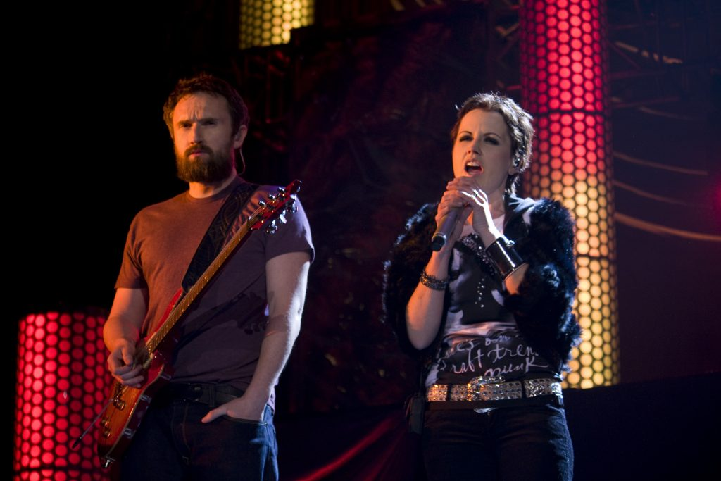 Noel Hogan y Dolores O'Riordan (The Cranberries).